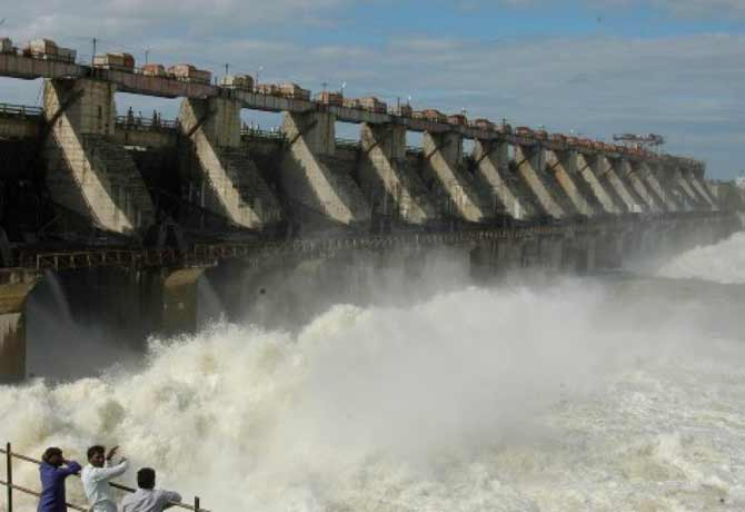 TS Govt releases Rs 16 crore for Singur project repairs