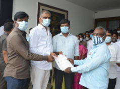Harish Rao distributes CMRF Cheques to poor in Siddipet